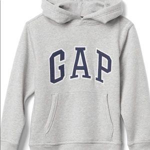 🦋3/$28 or 4/$35 Kids Gap Logo Hoodie